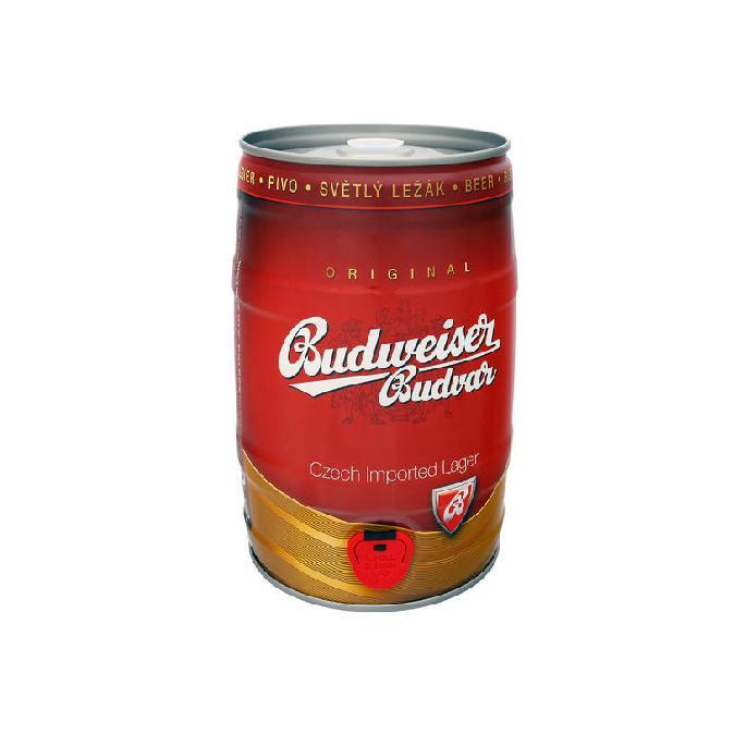 Bia Bom Budweiser Budvar 05 lít